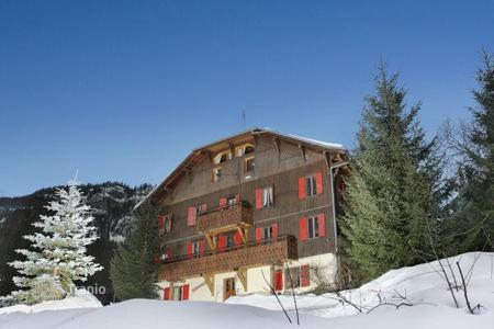 Chalets for rent in La Clusaz. Chalet – La Clusaz, Auvergne-Rhône-Alpes, France