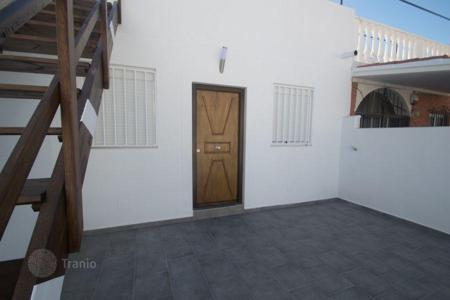 Cheap 2 bedroom houses for sale in Valencia. Detached house – Torrevieja, Valencia, Spain