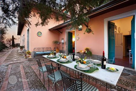 Residential to rent in Taormina. Villa Amelia