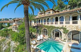 Villas and houses for rent with swimming pools in Villefranche-sur-Mer. Amazing villa Villefranche Sur mer