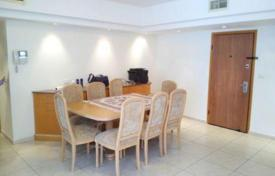 3 bedroom apartments for sale in Netanya. Spacious apartment overlooking the sea in Netanya