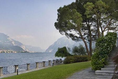 Villas and houses for rent with swimming pools in Lake Como. Villa Lario
