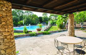 Residential for sale in Apulia. Villa with a swimming pool, 1.5 km from the beaches of Pescoluse, Morciano di Leuca, Italy