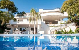 Elite villa with a terrace, a pool and sea views in a prestigious residence with a golf course, Marbella, Costa del Sol, Spain for 4,000,000 €