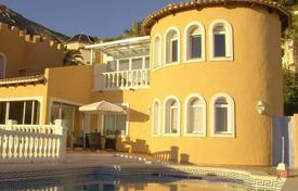 Residential for sale in Altea Hills. Charming villa of 4 bedrooms boasting sea views in Altea