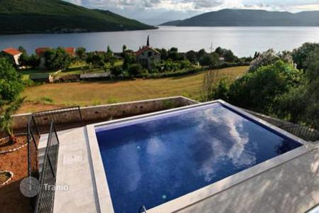 4 bedroom houses for sale in Herceg Novi (city). Villa – Herceg Novi (city), Herceg-Novi, Montenegro