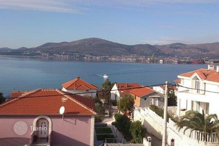 Cheap property for sale in Split-Dalmatia County. Apartment on island Ciovo