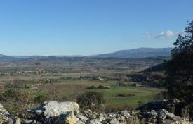 Development land for sale in France. Gordes - Buildable plot with its project