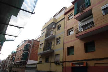 Residential for sale in Santa Coloma de Gramenet. Apartment - Santa Coloma de Gramenet, Catalonia, Spain