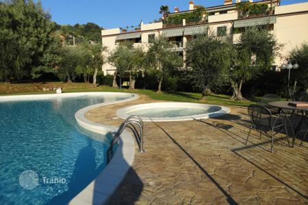 Apartments with pools by the sea for sale in Liguria. Apartment – Lerici, Liguria, Italy
