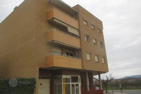 Bank repossessions property in Costa Dorada. Apartment – Móra d'Ebre, Catalonia, Spain