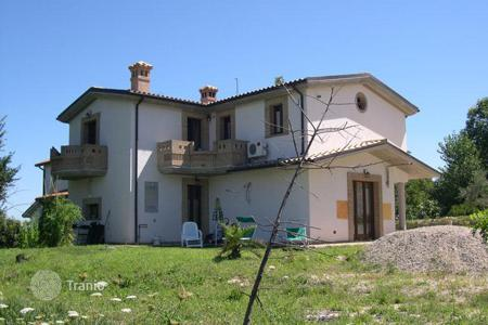 3 bedroom houses for sale in Abruzzo. Property in Cellino Attanasio, Teramo. Italy