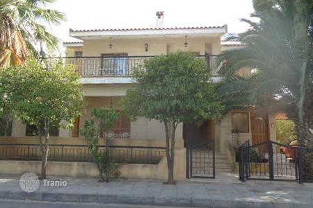6 bedroom houses for sale in Aglantzia. Ground floor and upper house in Aglantzia