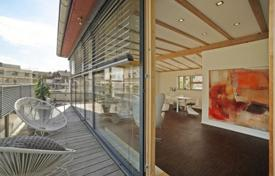 1 bedroom apartments for sale in Bavaria. Penthouse in the green district, Gautting, Germany