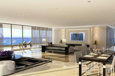 Property for sale in Center District. Penthouse with a large terrace, in a new seaside residence, in Netanya, Israel