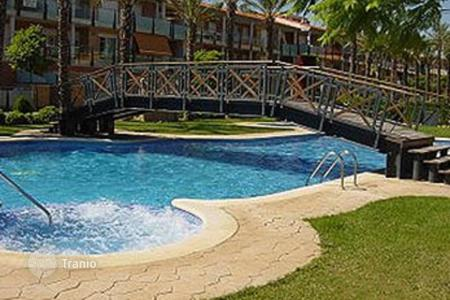 Residential to rent in Cambrils. Fabulous family complex with pools and within walking distance to the Vilafortuny beach. Near Port Aventura & water parks
