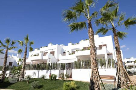 Apartments with pools from developers for sale in Spain. Ground floor bungalow