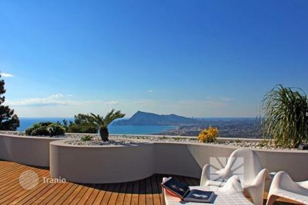 Luxury apartments with pools for sale in Spain. Apartment – Altea, Valencia, Spain