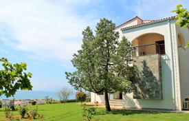 Detached house – Patras, Administration of the Peloponnese, Western Greece and the Ionian Islands, Greece for 800,000 €