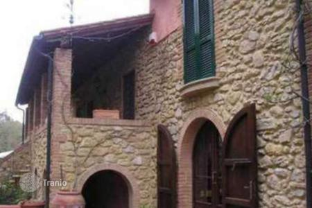 Luxury 4 bedroom houses for sale in Pisa. Villa – Montescudaio, Pisa, Tuscany,  Italy