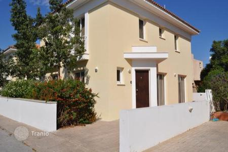Coastal townhouses for sale in Protaras. Two Bedroom Semi Detached House with Title Deed in Kapparis