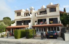 Cheap residential for sale in Paphos. Comfortable apartment with sea view in Chloraka, Paphos