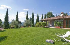 Houses for sale in Umbria. Prestigious property for sale in Umbria