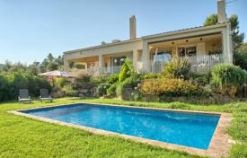 Property for sale in Mont-ras. Two-storey villa with a swimming pool, a picturesque garden and numerous terraces, Mont-ras, Spain