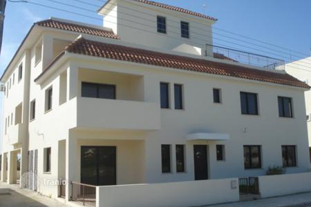 Apartments for sale in Meneou. Two Bedroom Ground Floor Apartment-Reduced
