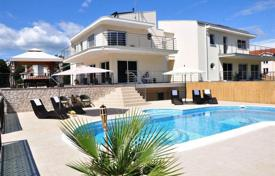 Houses with pools for sale in Primorje-Gorski Kotar County. Modern villa with pool 2 km from the sea in Opatija