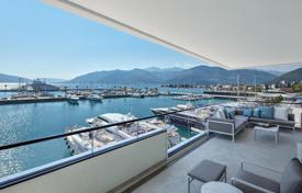 Luxury apartments with pools for sale in Montenegro. Apartment in Regent Pool Club Residence phase I -Aqua