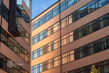 Office buildings for sale in Munich. Office building in Munich with a 6,2% yield