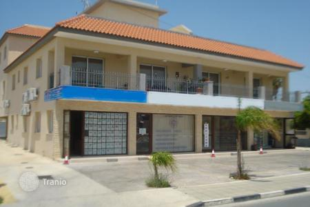 Commercial property for sale in Pyla. Shops for sale