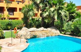 Cozy apartment with a parking and terrace in a residential complex with a garden and a swimming pool, Benahavis, Spain for 239,000 €