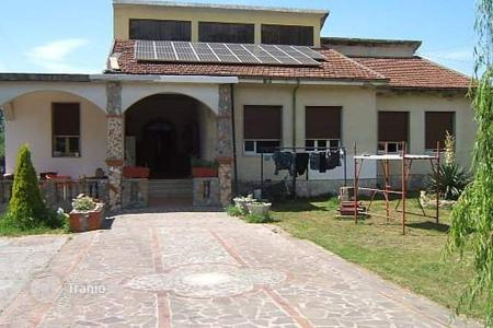 5 bedroom apartments for sale in Tuscany. Apartment – Villafranca in Lunigiana, Tuscany, Italy