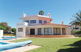 3+1 Bedroom Villa with Pool and Sea View close to the beach, Carvoeiro for 1,075,000 $