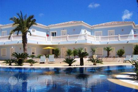 Apartments with pools for sale in Benissa. Apartment – Benissa, Valencia, Spain