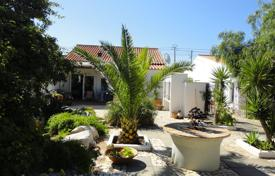 4 bedroom houses for sale in Faro. 2 x 2 bedroom houses on one plot, Barão de São Miguel, West Algarve