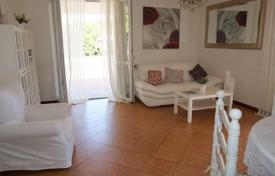 4 bedroom villas and houses by the sea to rent in Italy. Villa – Forte dei Marmi, Tuscany, Italy