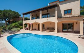 Houses for sale in Palafrugell. Two-storey villa with a pool, a garden and a covered terrace, Palafrugell, Spain