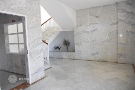 Bank repossessions property in Andalusia. Apartment – Fuengirola, Andalusia, Spain