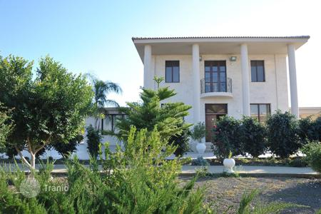 Residential for sale in Dali. Five Bedroom Luxury House in Pera Chorio Nisou