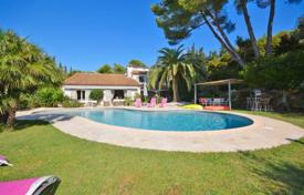 Property for sale in Le Cannet. Villa – Le Cannet, Côte d'Azur (French Riviera), France