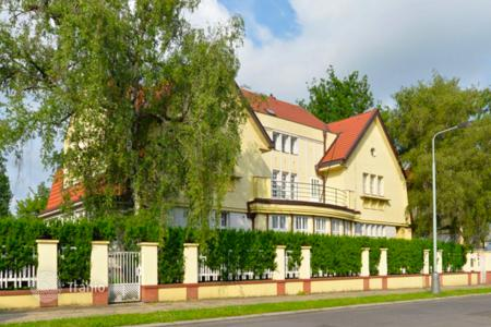 Luxury houses for sale in Prague. Villa – Prague, Czech Republic