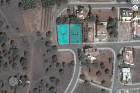 Land for sale in Paphos. 748 m² Residential Plot in Kissonerga
