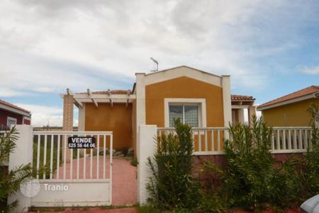 Cheap 3 bedroom houses for sale in Toledo. Villa – Toledo, Castille La Mancha, Spain