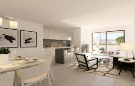 2 bedroom apartments for sale in La Cala de Mijas. Apartment with terrace, in a golf resort, near the beach, in La Cala de Mijas, Malaga, Spain