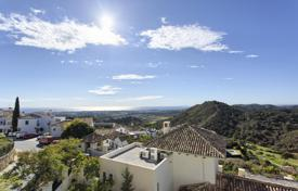 Luxury houses for sale in Malaga. New Marvellous Contemporary Villa, Los Arqueros Golf, Benahavis