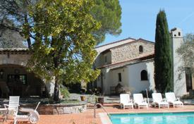 Luxury houses for sale in Opio. Cannes Backcountry — A true haven of peace