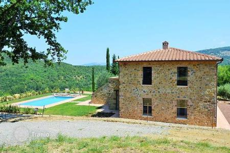 Property for sale in Castel del Piano. Villa – Castel del Piano, Tuscany, Italy